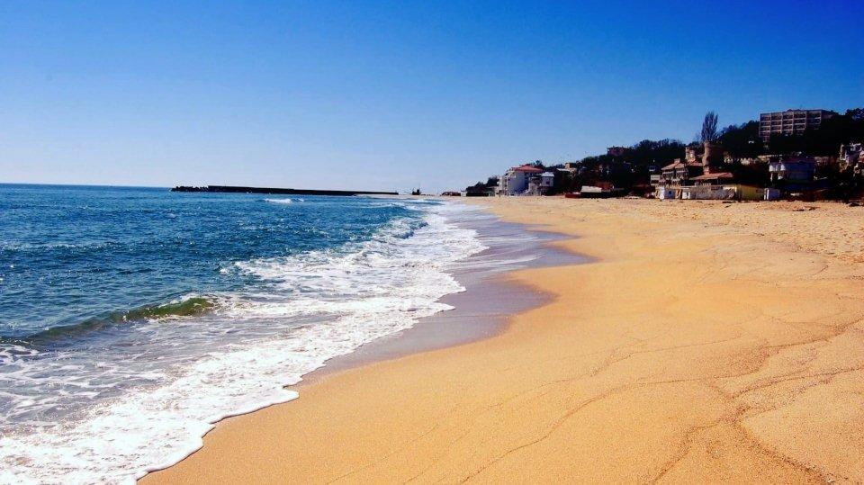 Пляж курорта Золотые пески в Болгарии