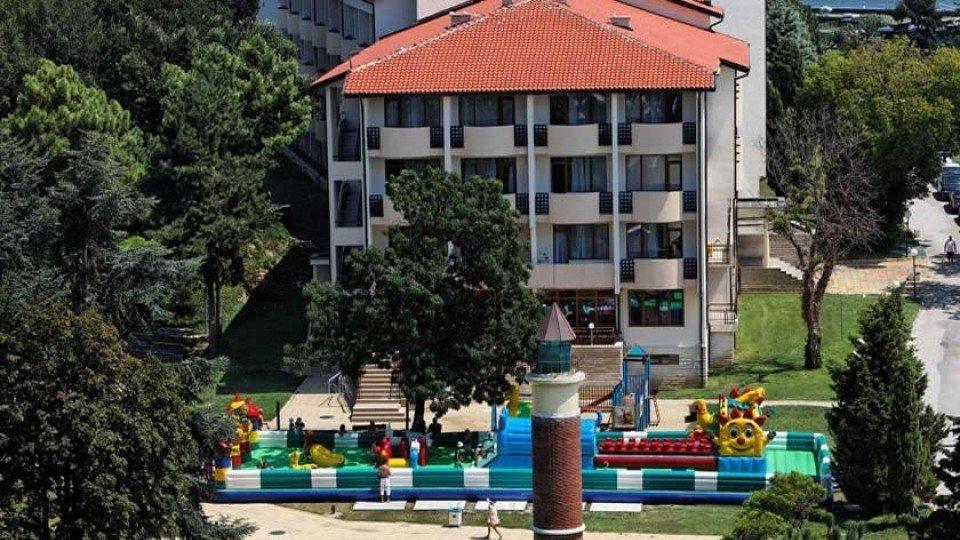 Отель Dolphin Hotel 4*, курорт Святые Константин и Елена, Болгария