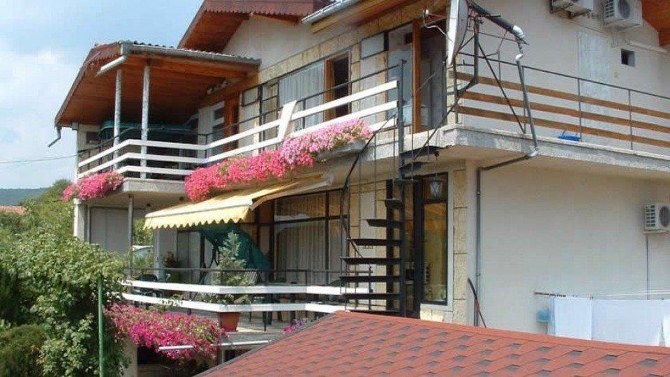 Отель Summer House Villa 3*, курорт Святые Константин и Елена, Болгария