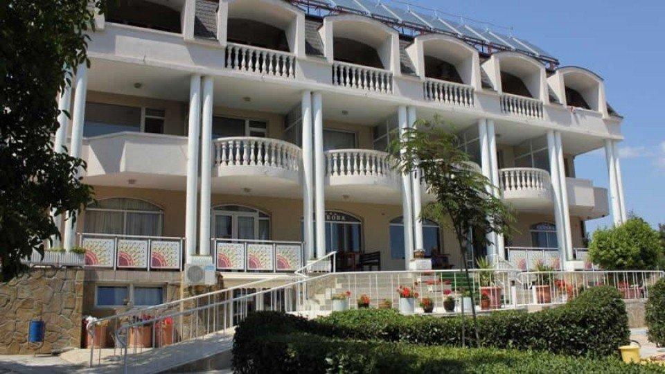 Отель Villa Aurora 4*, курорт Святые Константин и Елена, Болгария