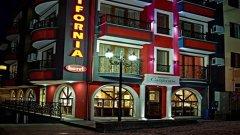Отель California Hotel 3*