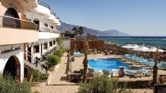 Отель Coral Coast Hotel 3*