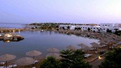 Отель Domina Kings Lake Hotel & Resort 5*