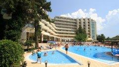 Отель Edelweiss Hotel 4*