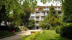 Отель Oasis Park Hotel 3*