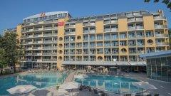 Отель Viva Club Hotel 4*