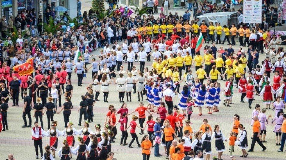 Болгарский «Фестиваль Розы» может стать всемирным наследием ЮНЕСКО