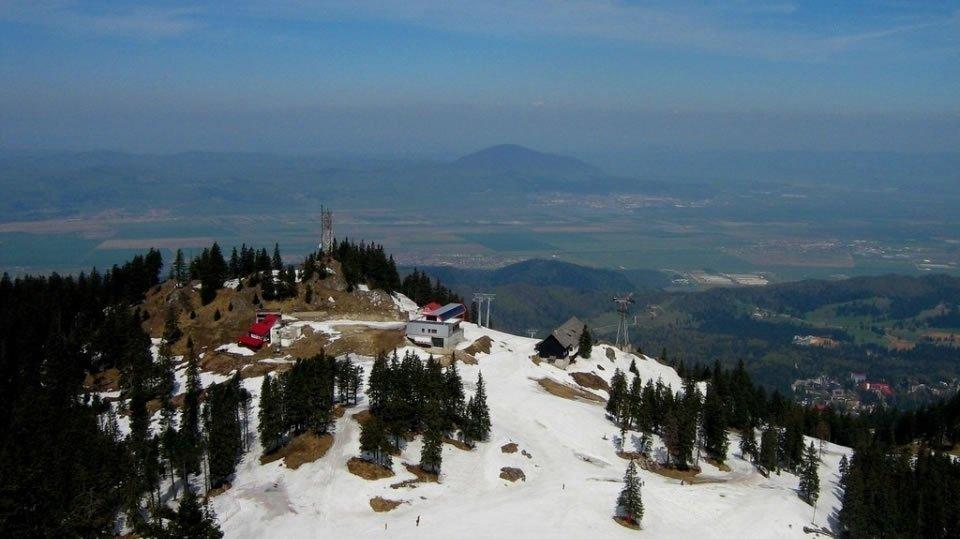 Пояна Брашов - один из самых больших горнолыжных курортов Румынии в Южных Карпатах