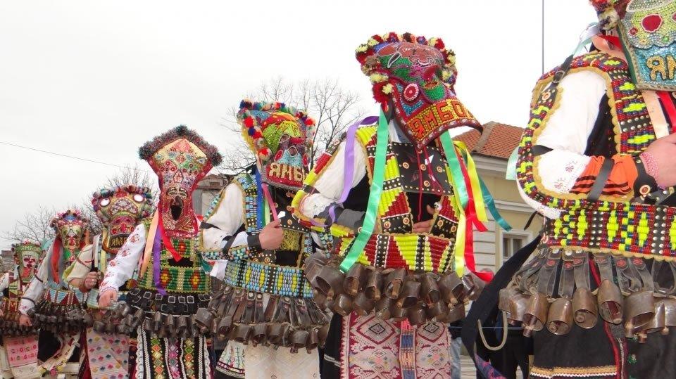 Маскарадный фестиваль «Кукерландия» что пройдет в 2014 году в Ямболе, уже 15-й по счету .