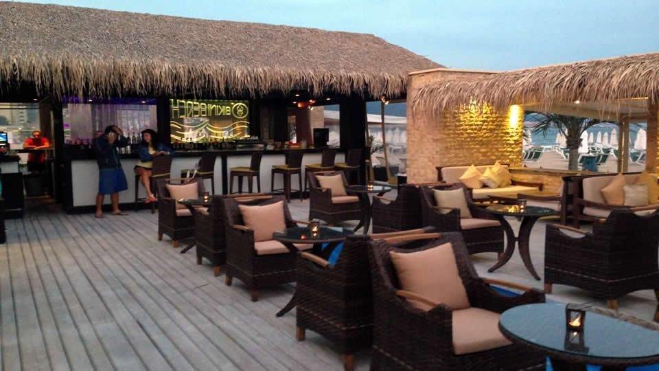 Ресторан «Bikini Beach Bar», Бургас, Болгария