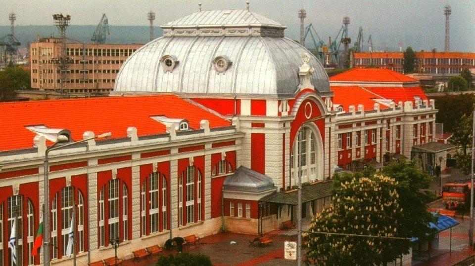 Железнодорожная станция «Варна», Варна, Болгария